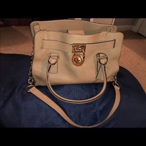 MICHAEL KORS HAMILTON MEDIUM BAG